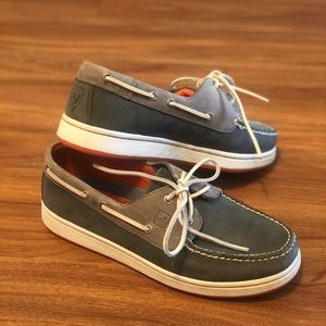 Charcoal/navy Sperry Cup Collection